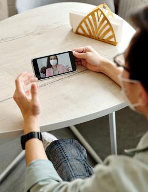 外出自粛で在宅時間が増えたら、出会い系の利用者が急増してるって本当?